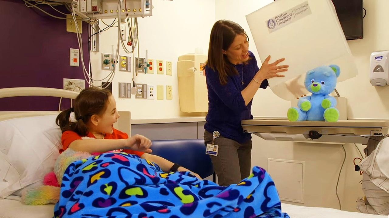 """Социальный робот """"Обнимашка"""" помог улучшить состояние госпитализированных детей"""