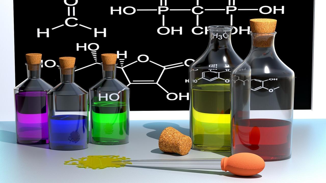 Искусственный интеллект, читающий научные статьи, выучил химию и предсказал открытия