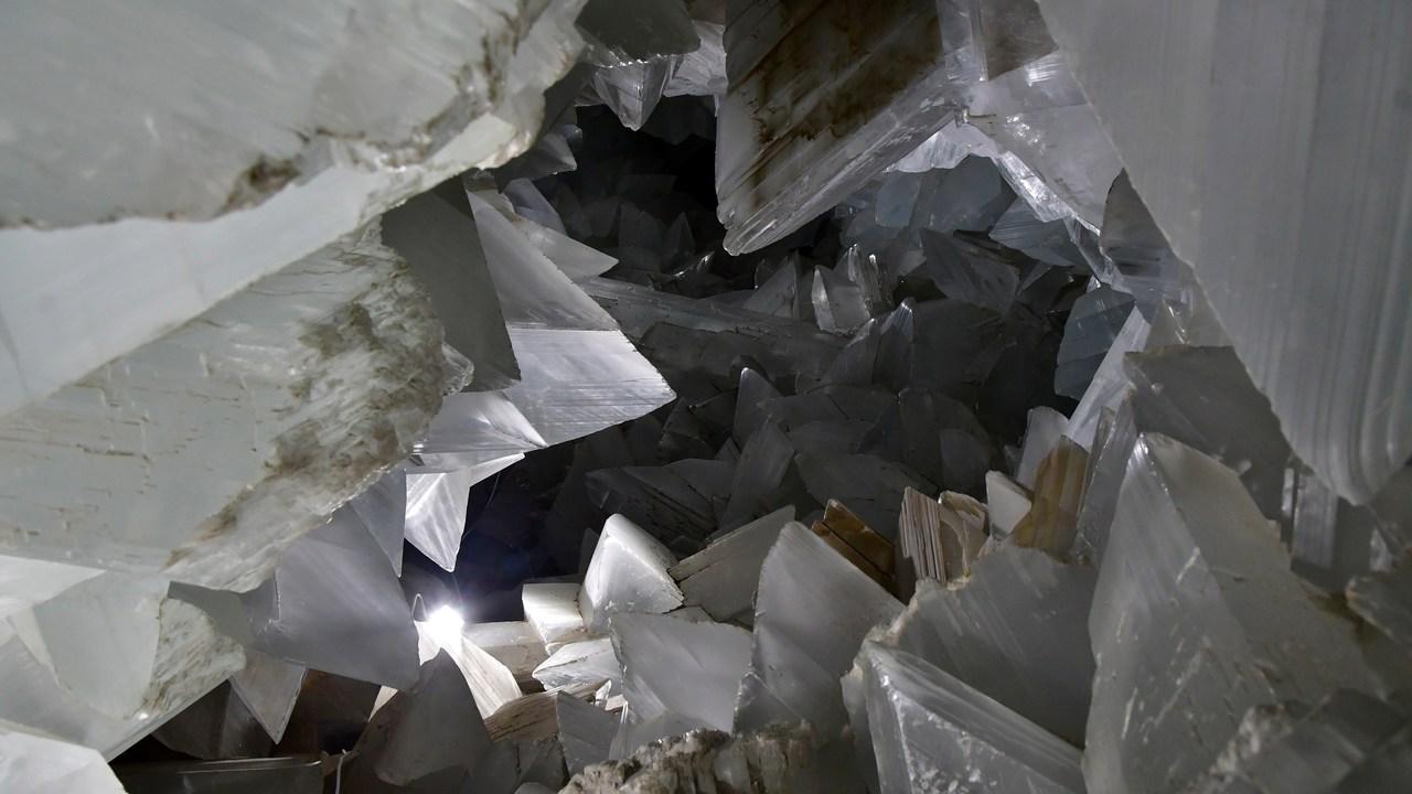 """Геологи разгадали происхождение удивительной """"пещеры Супермена"""""""