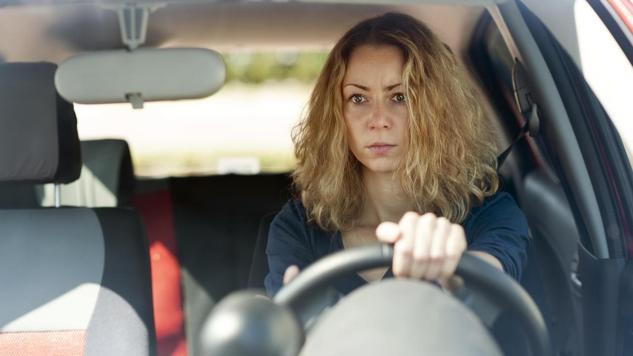 Назван простой способ снизить сердечный стресс во время вождения