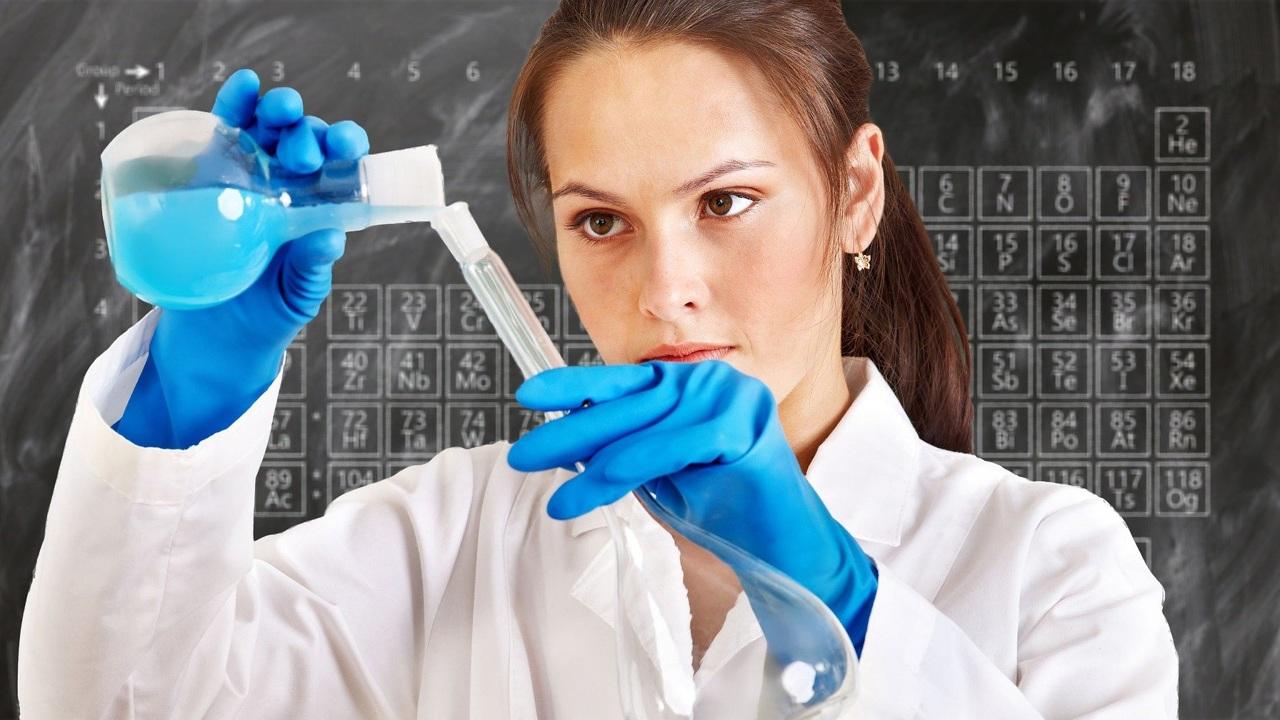 """Для влюблённых в науку: научпоп-проект """"Отвечает Менделеев"""" расскажет и покажет всё самое интересное о химических элементах"""