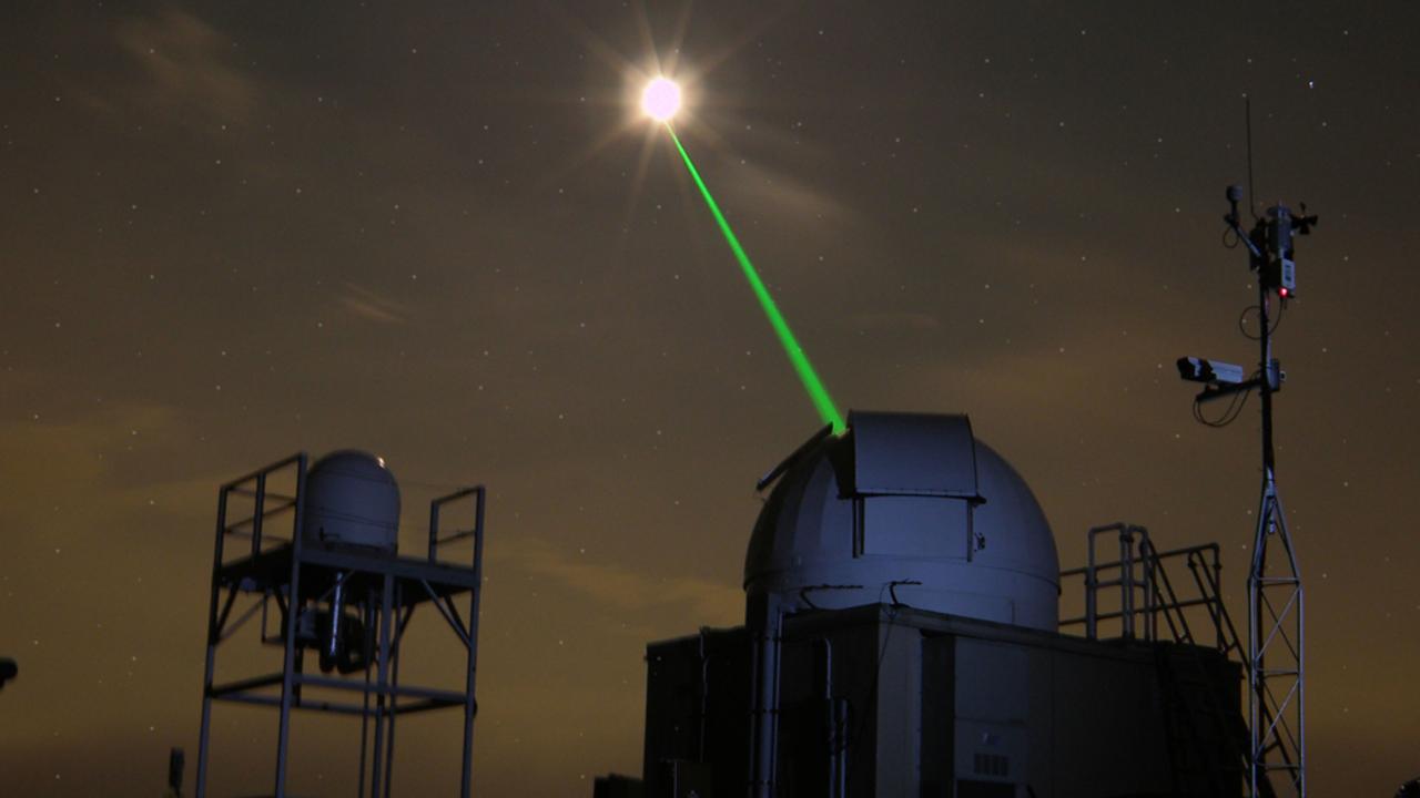 Искусственный интеллект повысил точность лазерных систем слежения за космическим мусором