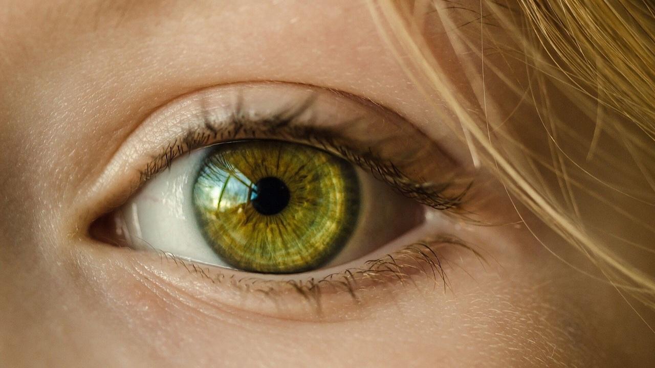 Новейший тест определит остроту слуха по глазам