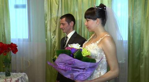 Тюремный роман: итальянская писательница выходит замуж за убийцу из России