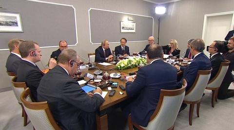 Владимир Путин ответил на вопрос о переизбрании на третий срок