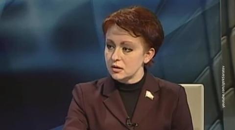 Экс-министр труда Саратовской области получала ежегодную матпомощь от государства
