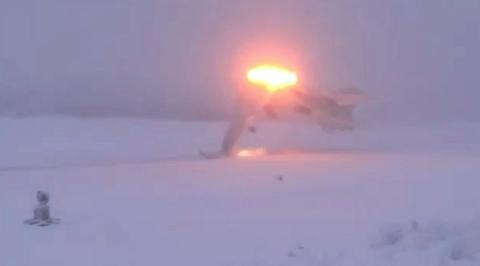 Развалился пополам: крушение Ту-22М3 в Оленегорске сняли на видео