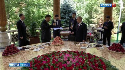 Путин: отношения с США деградируют, а с Китаем – развиваются