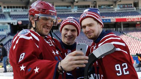 Александр Овечкин, Дмитрий Орлов и Евгений Кузнецов (слева - направо)