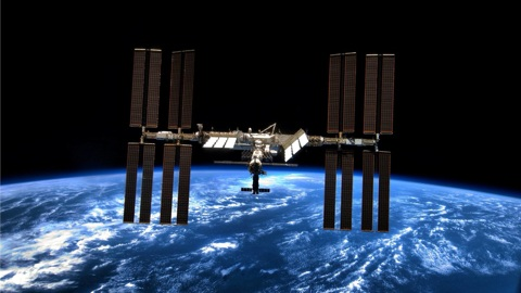 Трещина не найдена: космонавт Рыжиков поработал с течеискателем