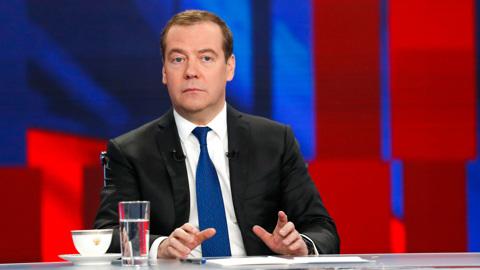 Сильный кашель: заболел Дмитрий Медведев