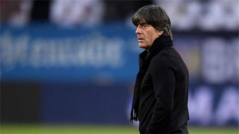 Тренера сборной Германии Лева не уволят после 0:6 от Испании