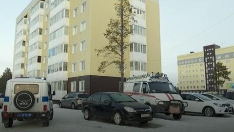 В Муравленко из окна 6 этажа выпал мужчина