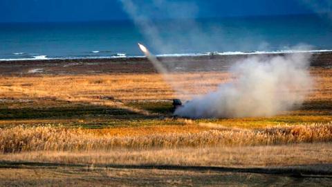 """Ракетный """"сюрприз"""" для России: США и Румыния провели совместные стрельбы"""