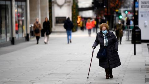 В Великобритании зафиксировано максимальное число смертей от COVID-19