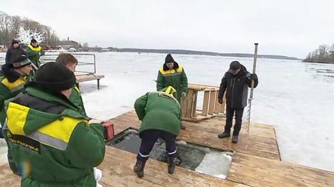 Вести-Москва. Купание в настоящие крещенские морозы: для самых смелых подготовили 200 мест