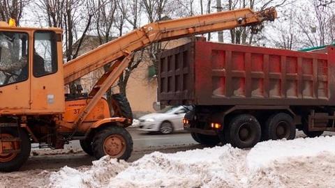 """""""Вести-Калуга"""". 2700 кубометров снега вывезли с калужских улиц за сутки"""