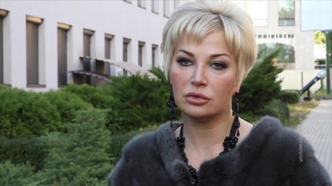"""Новости на """"России 24"""". Певица Мария Максакова тайно вернулась в Москву"""