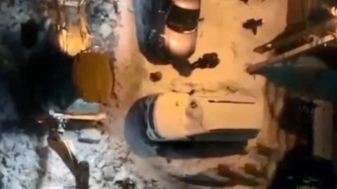 В Самаре начали освобождать автомобили из ледяного плена