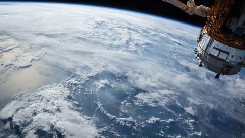 Россия выйдет из проекта Международной космической станции через четыре года