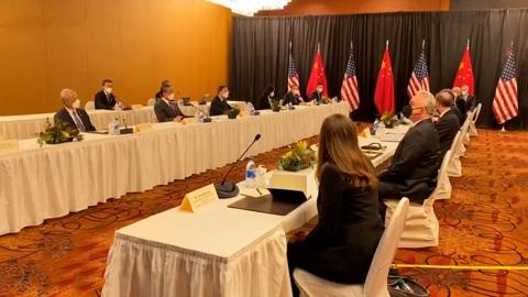 Американо-китайские переговоры прошли со скандалом