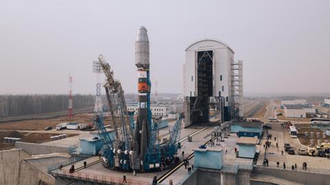 """Ракета """"Союз"""" вывела 36 британских спутников на расчетные орбиты"""