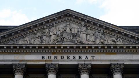Депутат бундестага объяснил, кому выгодны санкции против России