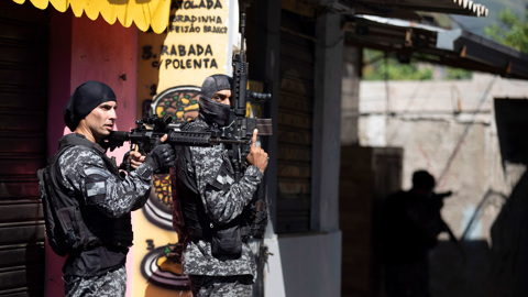 Полиция Рио-де-Жанейро объяснила операцию с гибелью десятков людей