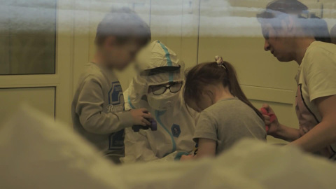 Привейся! Родители могут защитить детей от коронавируса