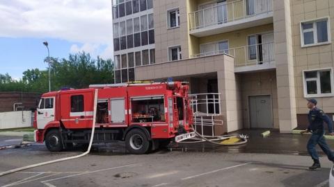В Красноярске из-за пожара эвакуированы жильцы 24-этажного дома
