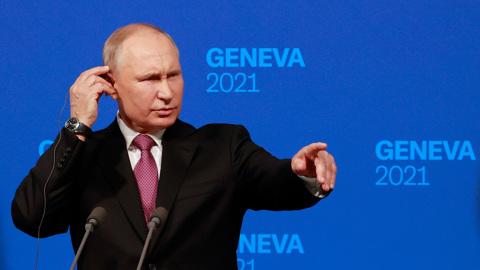 Путин ответил на вопросы американцев. Россиян к Байдену не пустили