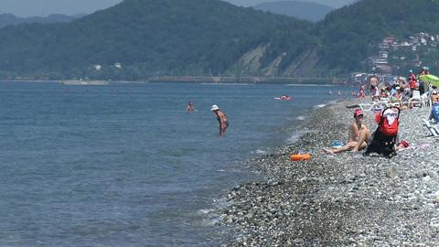 Власти Сочи усилили контроль над дикими пляжами
