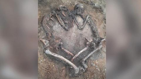 """Под Оренбургом обнаружили останки """"влюбленных"""" из бронзового века"""
