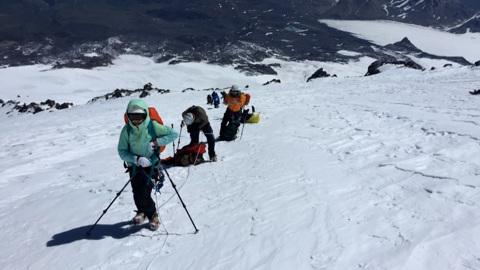 Простых гор не бывает: что не учли организаторы рокового подъема на Эльбрус