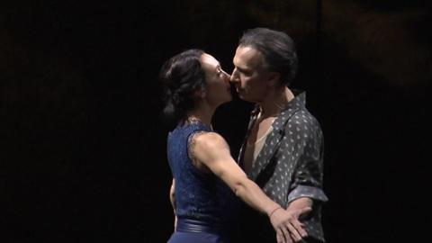 """""""Ромео и Джульетта"""" на новый лад: Константин Богомолов представил публике свою новую работу"""