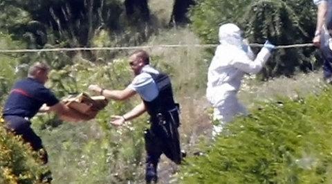 Франция почернела от террористической угрозы