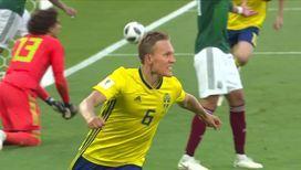 Шведы открывают счет