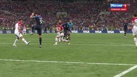 Поль Погба забивает гол. 3:1!