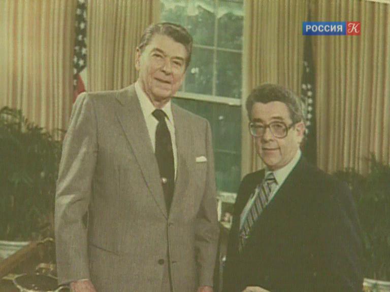 Ушел изжизни легендарный советский репортер Валентин Зорин