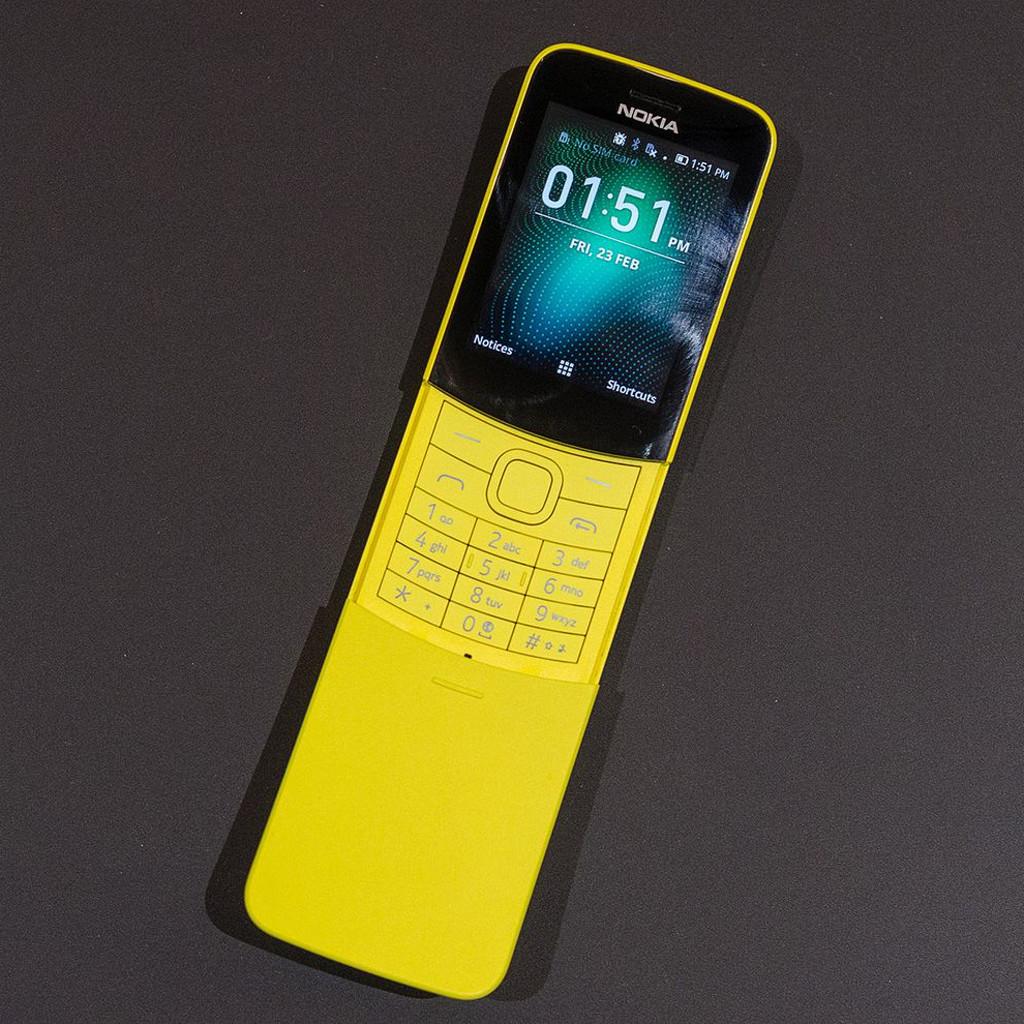 MWC 2018: HMD выпустила современную версию знаменитого телефона-банана нокиа из«Матрицы»