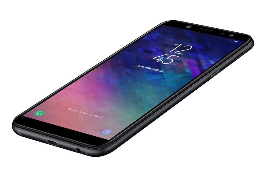 Фото Samsung Galaxy A6 (2018)