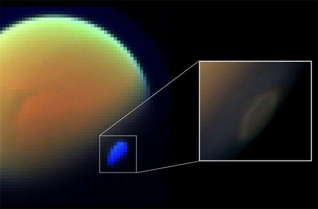 На южном полюсе Титана обнаружилось гигантское спиралевидное облако из цианида водорода