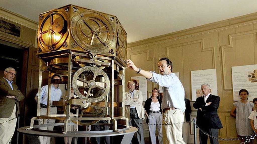 Реконструкция Астрариума, механического планетария XIV века, утерянного в XVII веке. Фото: Centre France /═lamontagne.fr