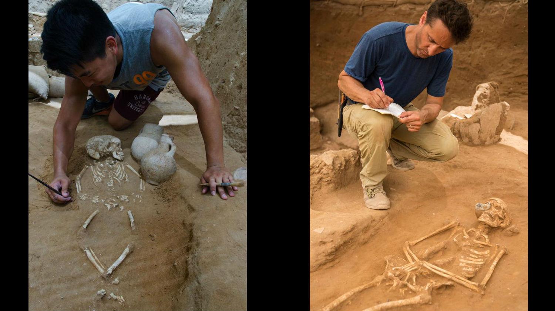 Один из немногих обнаруженных детских скелетов (слева). Заместитель руководителя раскопок Адам Аджа (Adam Aja) документирует находки (справа).