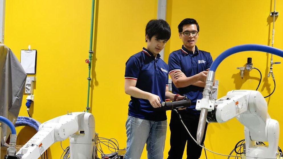 Пока что роботы печатают небольшие бетонные сооружения.