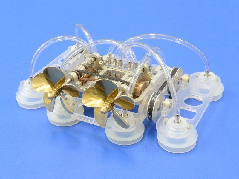 Миниатюрный аппарат использует обтекающую кашалота воду как источник энергии.