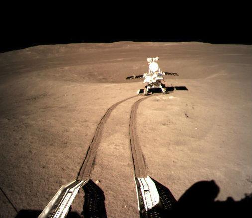 Ровер стал первым аппаратом, двигающимся по обратной стороне Луны.