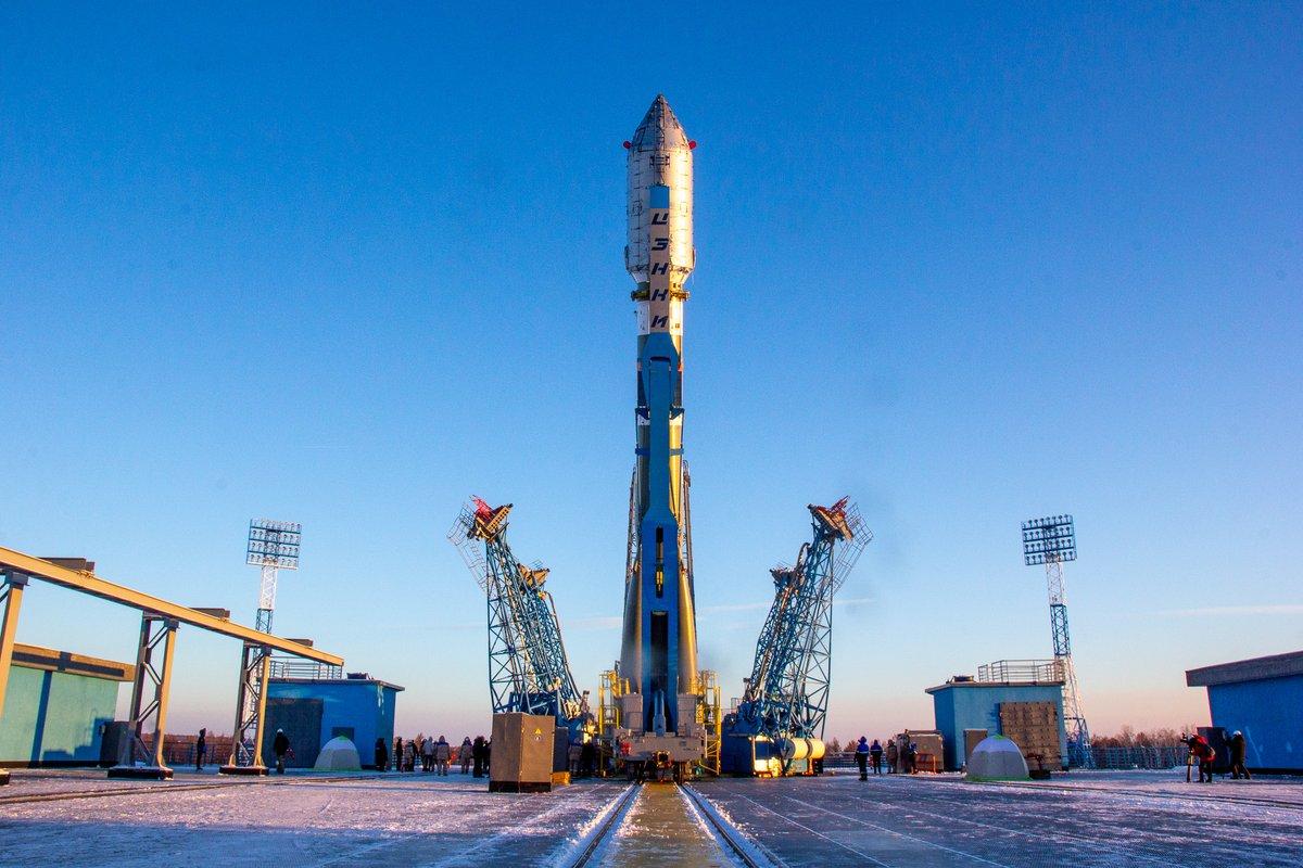 На данный момент все космические носители работают исключительно на собственных запасах окислителя. На снимке российская ракета Союз-2.1а.