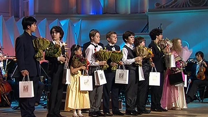 """Конкурс юных музыкантов """"Щелкунчик"""" вписал в историю новые имена (РИА Новости)"""