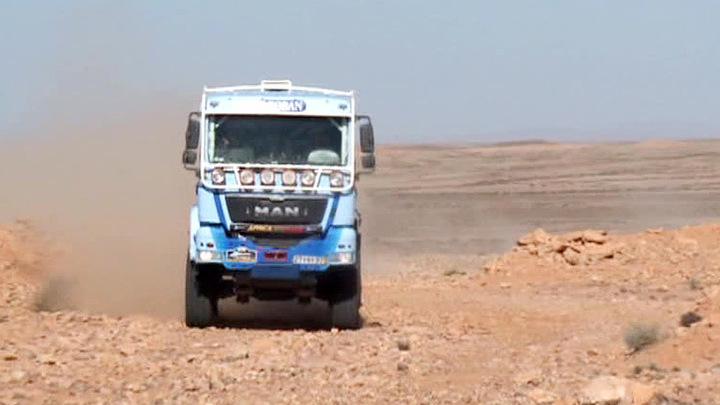 """""""Африка эко рейс"""": коррективы в планы гонщиков вносят острые камни"""